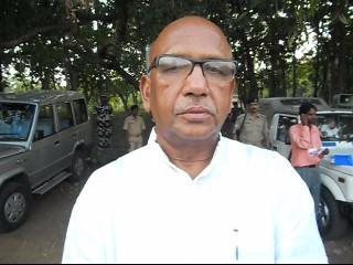 सरयू अब और हुए आक्रामक, सीएम से टक्कर लेने के बाद पहुंचे बोकरो, भाजपा प्रत्याशी के खिलाफ किया चुनाव प्रचार