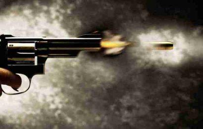गोली तड़तड़ा कर रंगदारी मांगने की कोशिश, दो गोली चली, बाकी हुई मिस